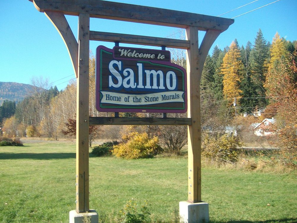 SALMO WELCOME SIGN IMAGE: WIKIPEDIA