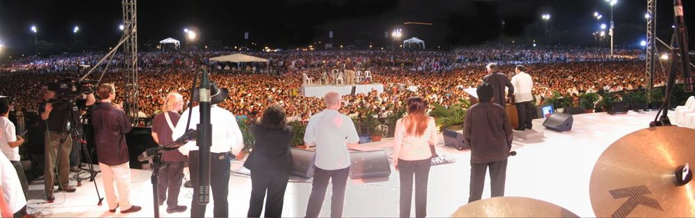 The Manila, Franklin Graham Festival altar call