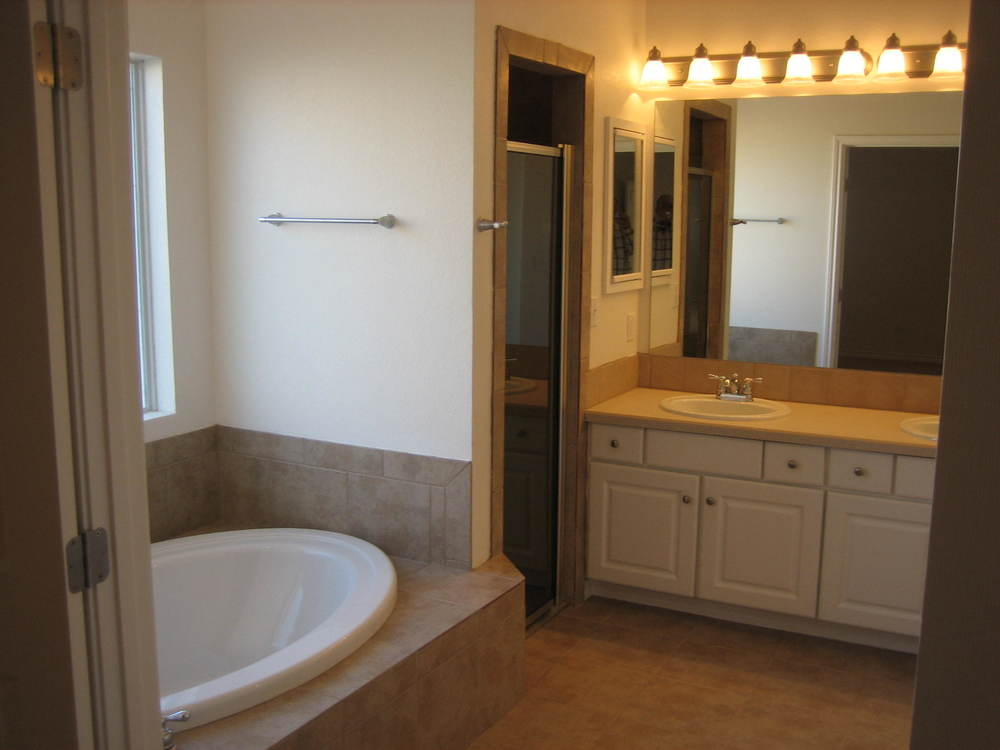 Master bath has everything you could need.