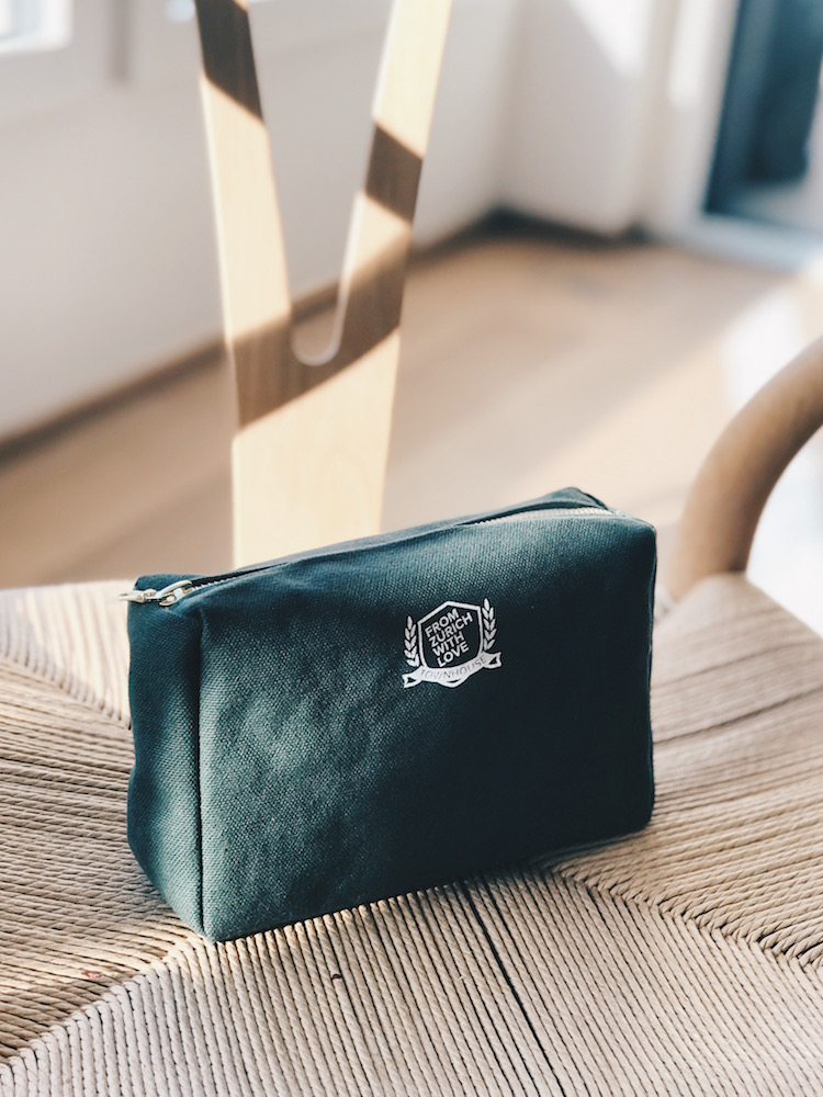 (Monogrammable) Wash Bags, CHF 48