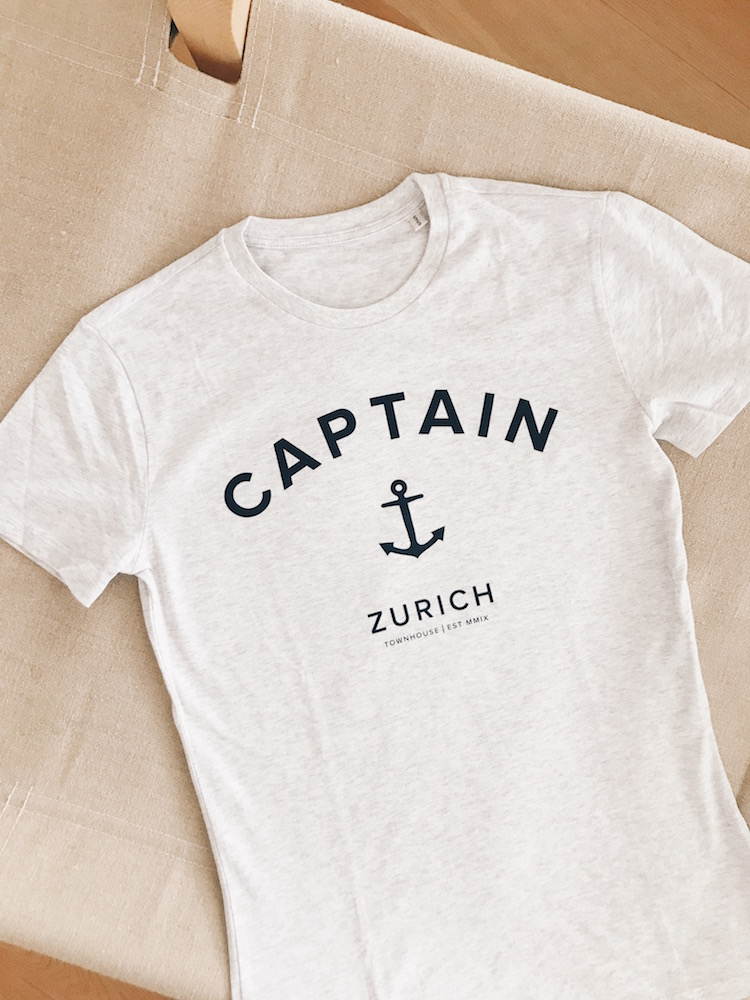 Captain T-shirt, CHF 49
