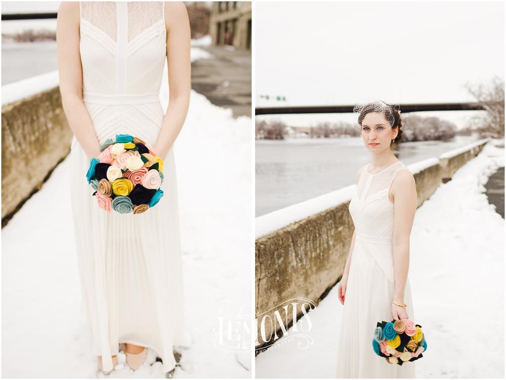 A felt bridal bouquet.. how cool!
