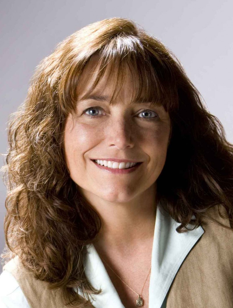 Karen Allen, Year by the Sea