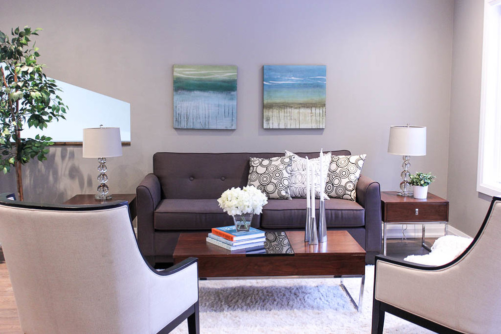 Barrie Home Staging Living room3.jpg