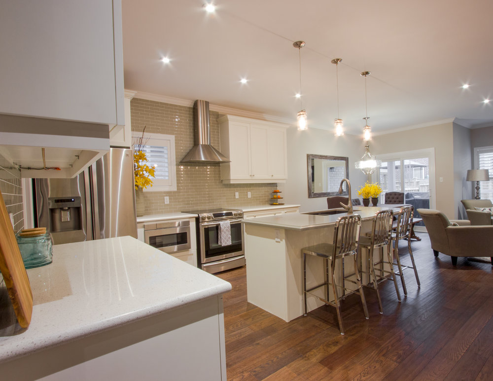 A staged Barrie home kitchen, designed and prepared by New Leaf Decor
