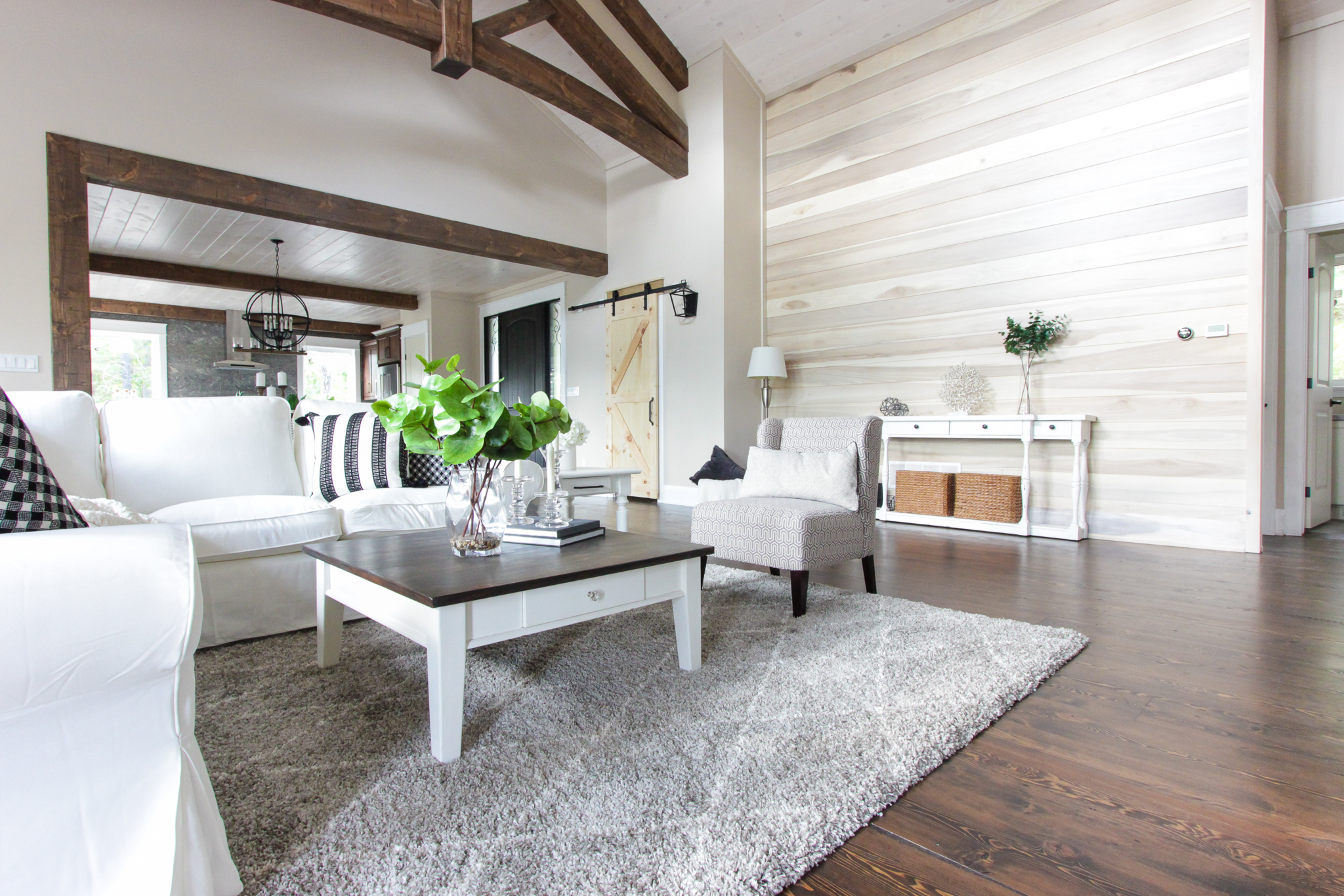 Living Room Home Staging in Barrie — New Leaf Decor