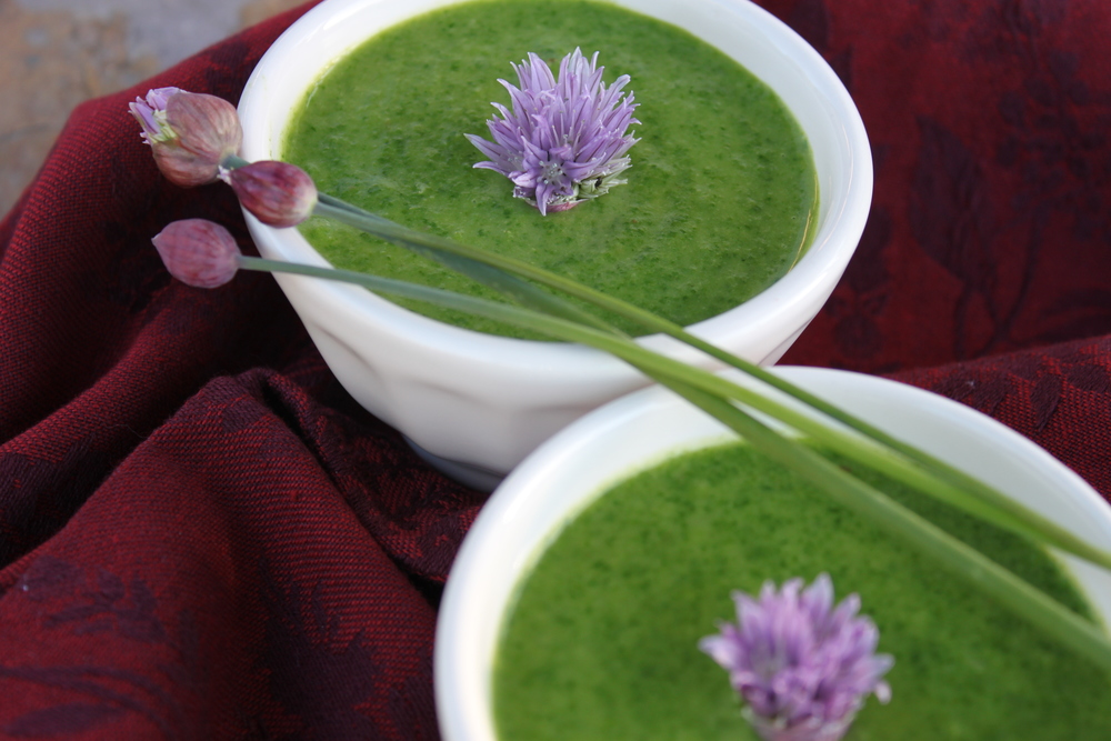 Young Garlic & Spinach Soup
