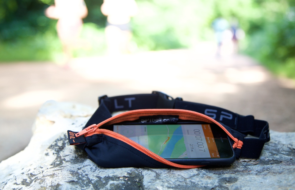 iphone running belt further review running belts for the iphone 6 plus 5262