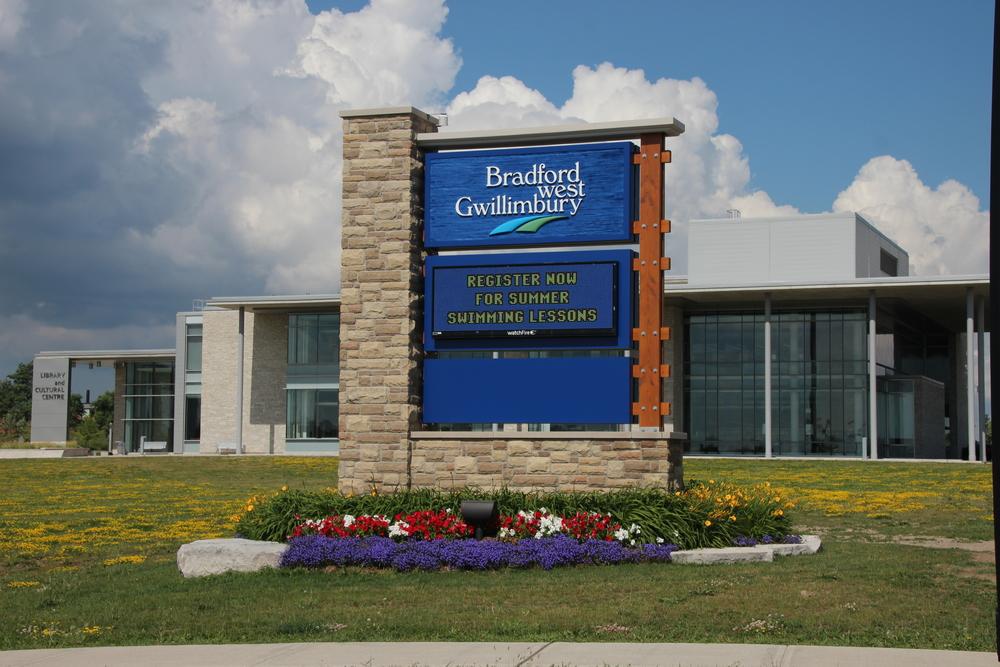 Bradford West Gwillimbury Gateway Sign