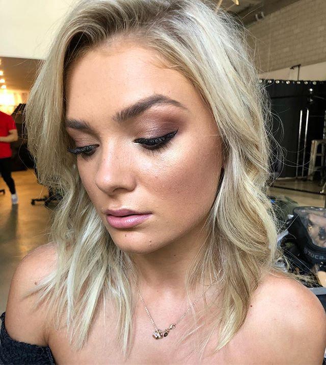 @jamileeboylee ✨ makeup by @roseee_makeup