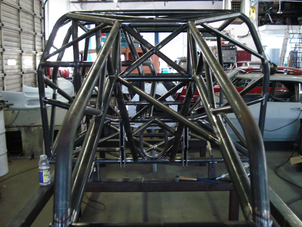 Tube chassis, Roll cages
