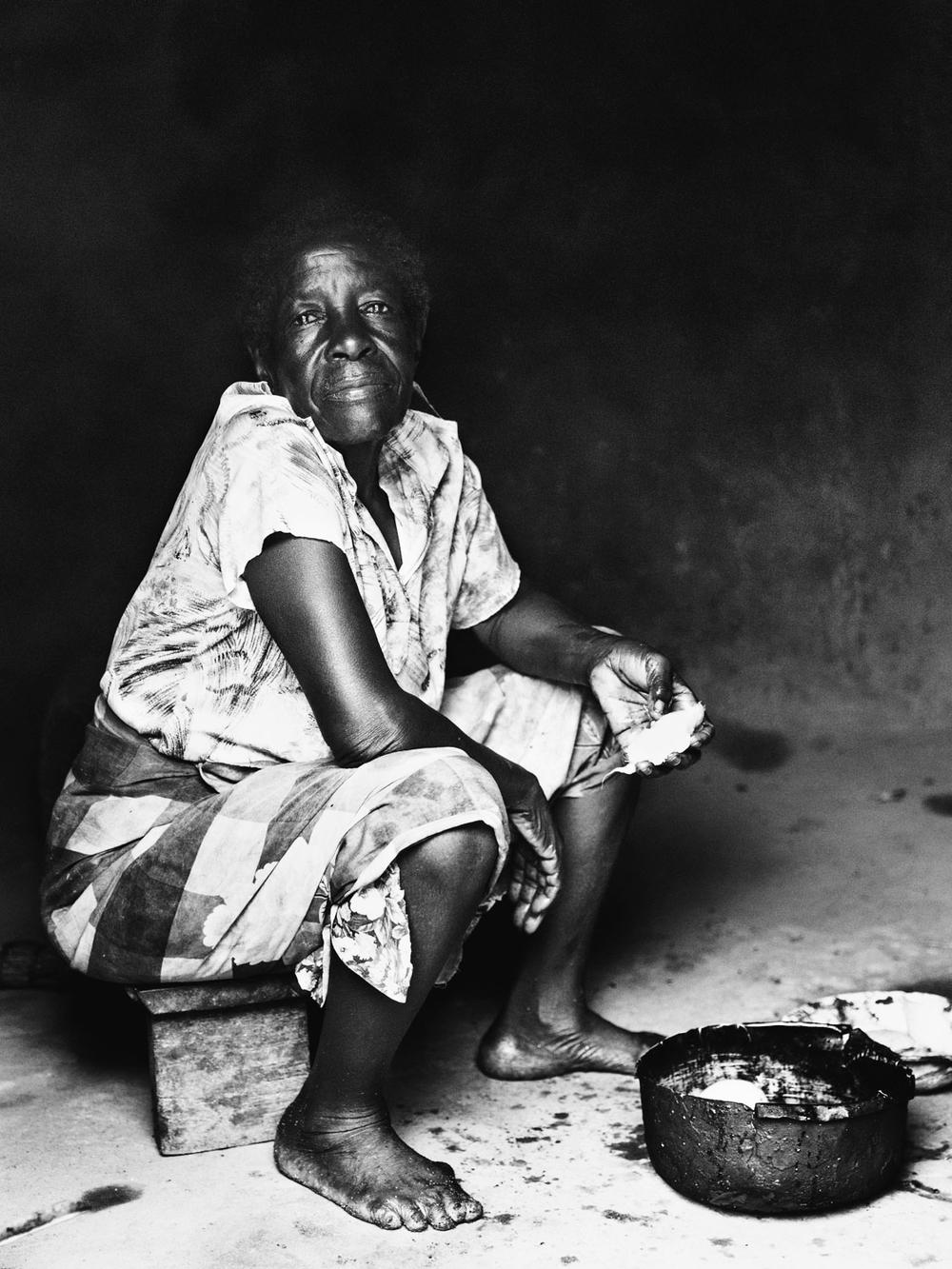 CallieGiovanna_Africa_Malawi_KandeBeach_20150101_05813.jpg