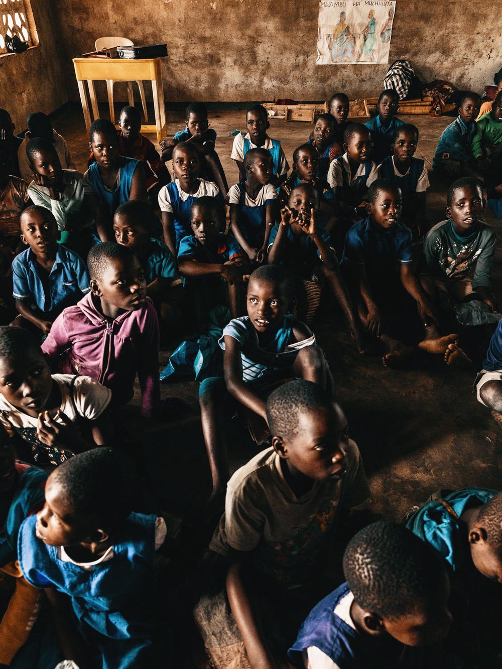 CallieGiovanna_Africa_Malawi_KandeBeach_20150101_05922.jpg