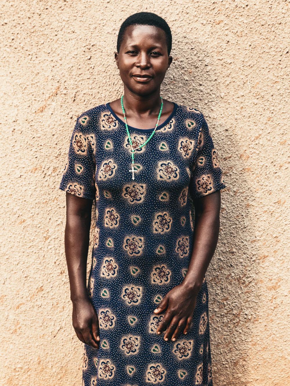CallieGiovanna_Africa_Uganda_KalinzuForestReserve_20150101_08862.jpg