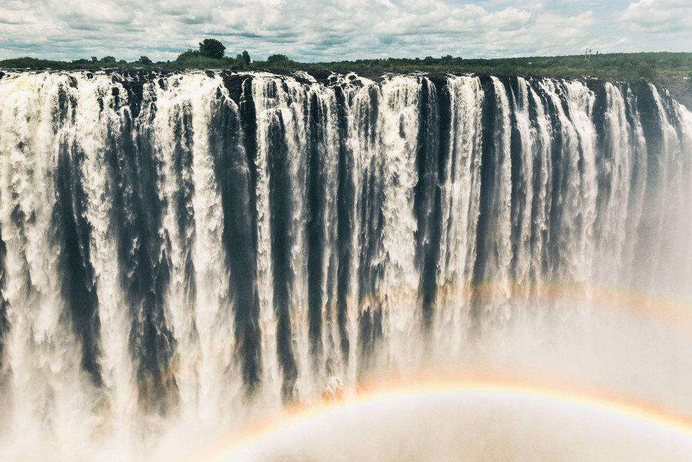 CallieGiovanna_Africa_Zambia_VictoriaFalls_20150101_05407.jpg