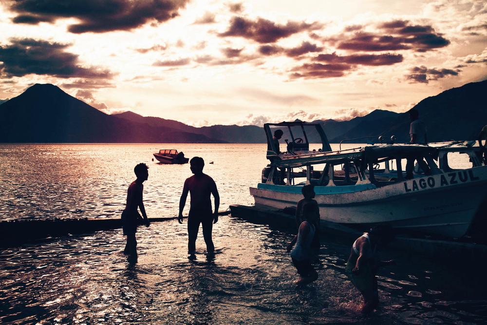 CallieGiovanna_CentralAmerica_Guatemala_LakeAtitlan_20120101_1735.jpg
