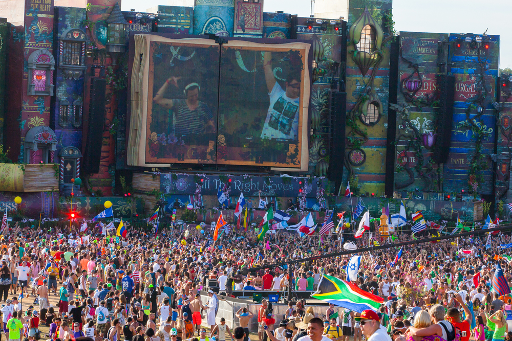 Tomorrowworld2013-29.jpg