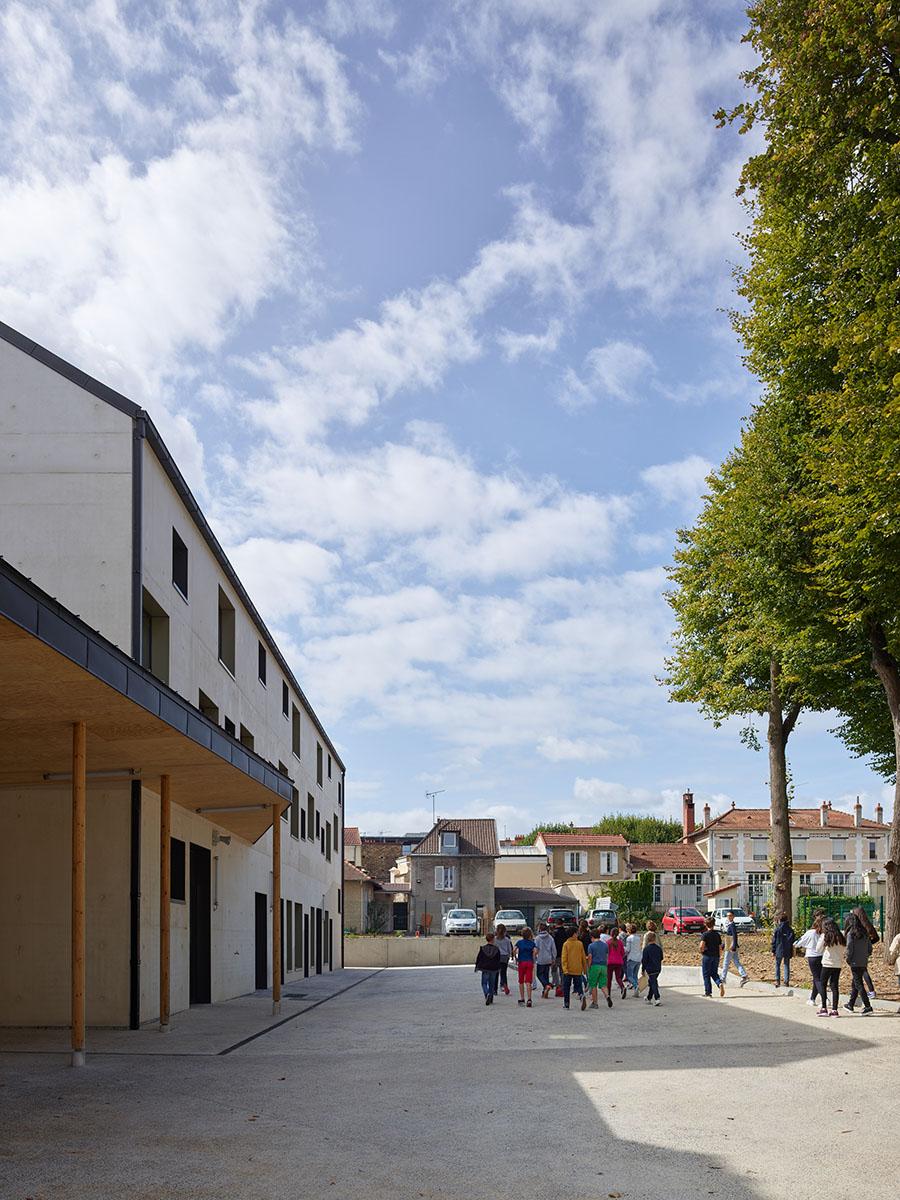 facade-cour-0©S.Chalmeau non libre de droits.jpg
