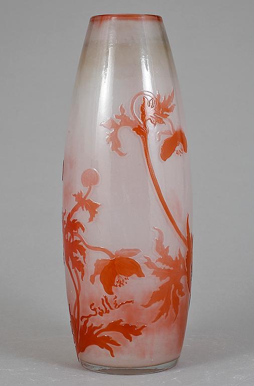 [[GLASS VASE, EARLY 1900'S. EMILE GALLÉ, FRANCE.///VASE EN VERRE. AU DÉBUT DU XXE SIÈCLE. EMILE GALLÉ, FRANCE]]