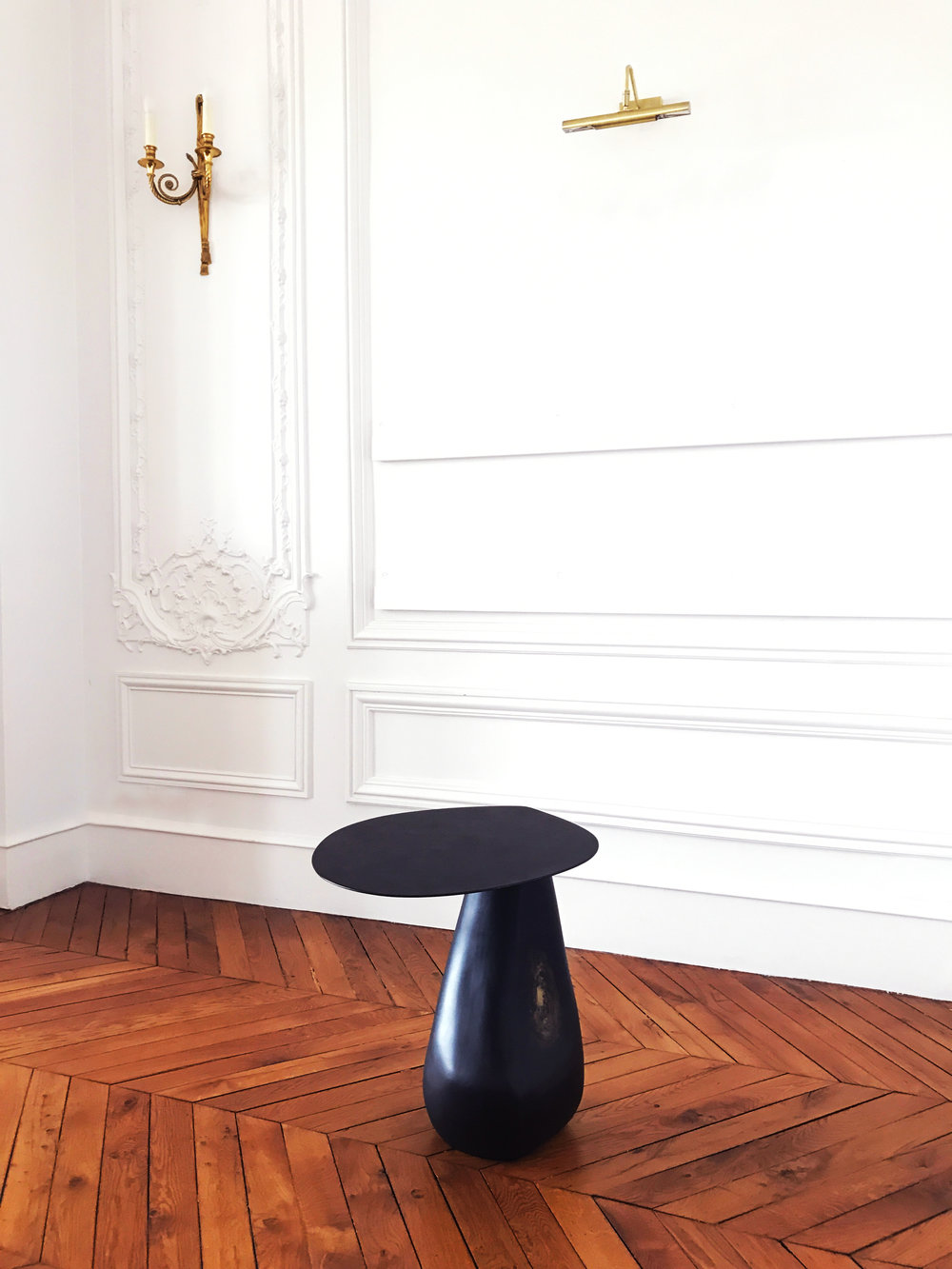 Dionis Table by Helena Sultan for KONEKT at Galerie SORS.  More info, contact   info@sorsparis.com