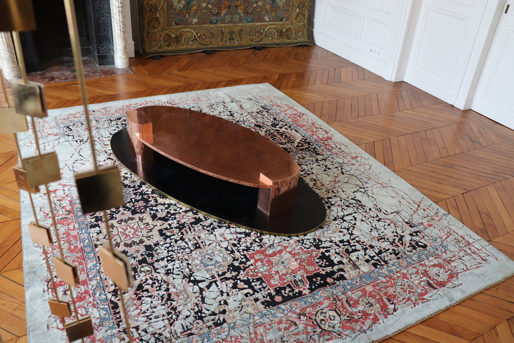 Rug art by Jan Kath, coffee table by Privatiselectionem