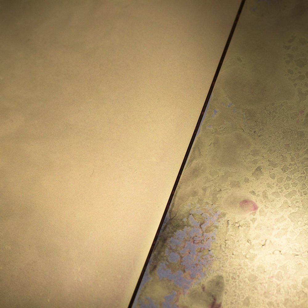 Privaitselectionem brass and patina interior cladding//Privatiselecitonem revêtement mur intérieur du laiton et patine