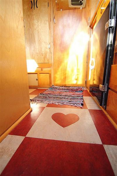 heart-in-floor