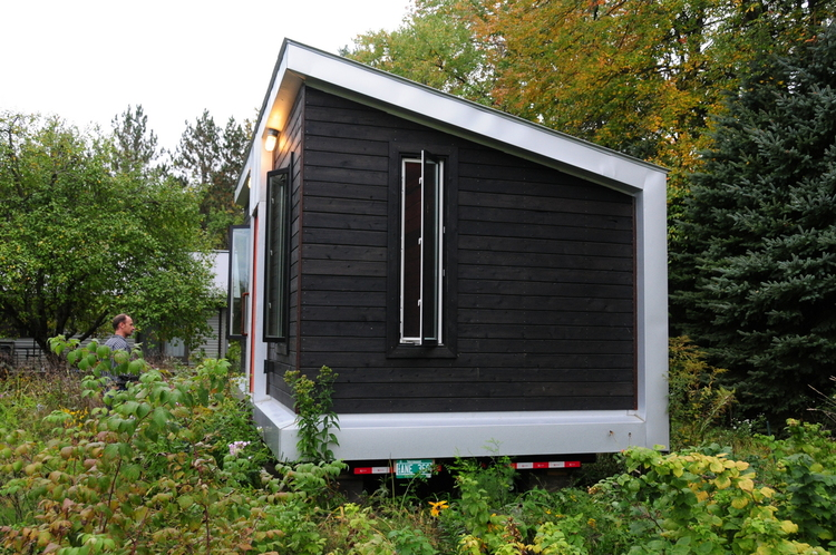 Tiny House Tour A Yestermorrow DesignBuild Project COMETCAMPER