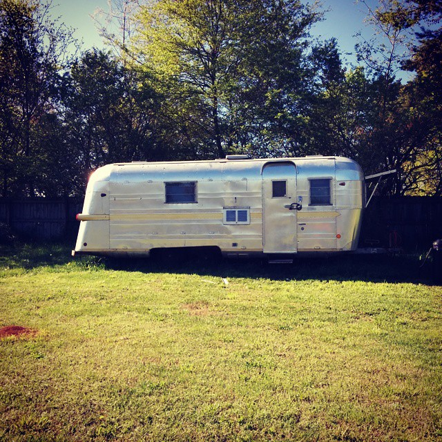 Look at this beauty! #vintagecamper #trailer