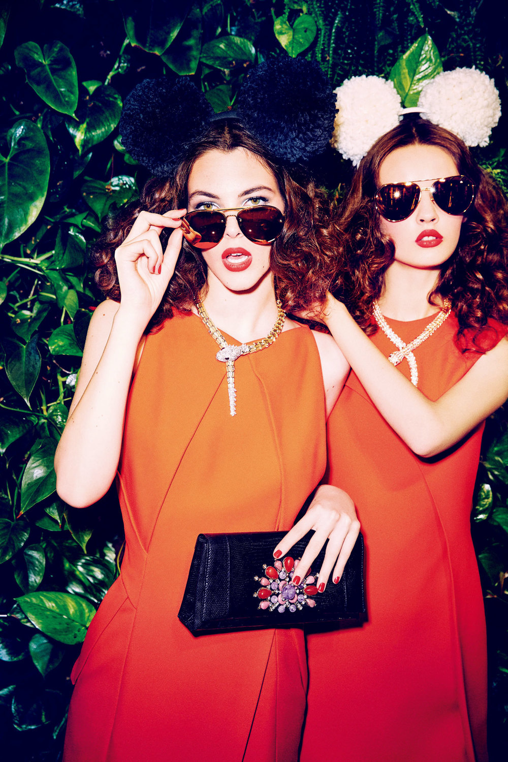 anna-grostina-and-vittoria-ceretti-by-ellen-von-unwerth-for-vogue-japan-september-2015-8.jpg