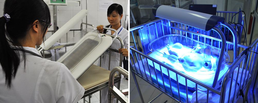 Left: Nurses in Vietnam discover the Firefly alpha prototype is tool long after attempting to put it on their typical infant cot. Right: The final Firefly design fits neatly within the typical-sized cot in Vietnam.