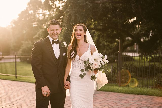 Nothing tops golden hour and these two cuties❤️ ❤️ #thatlacommunity #louisianaphotographer  #batonrougephotographer #weddingphotographer #destinationweddingphotographer  #weddinginspiration #theknot #southernwedding #trueloveinspo #photobugcommunity #greenweddingshoes #californiaweddingphotographer #austinphotographer #mandevillephotographer #floridaphotographer #arizonaphotographer #pensacolaphotographer #destinphotographer #lafeyettephotographer #atxphotographer #idigbr #lovegoesround #radlovestories #livewildatheart #radcouples #firstandlasts #pursuingthelove #radstorytellers #loversofthelight_  #wednola