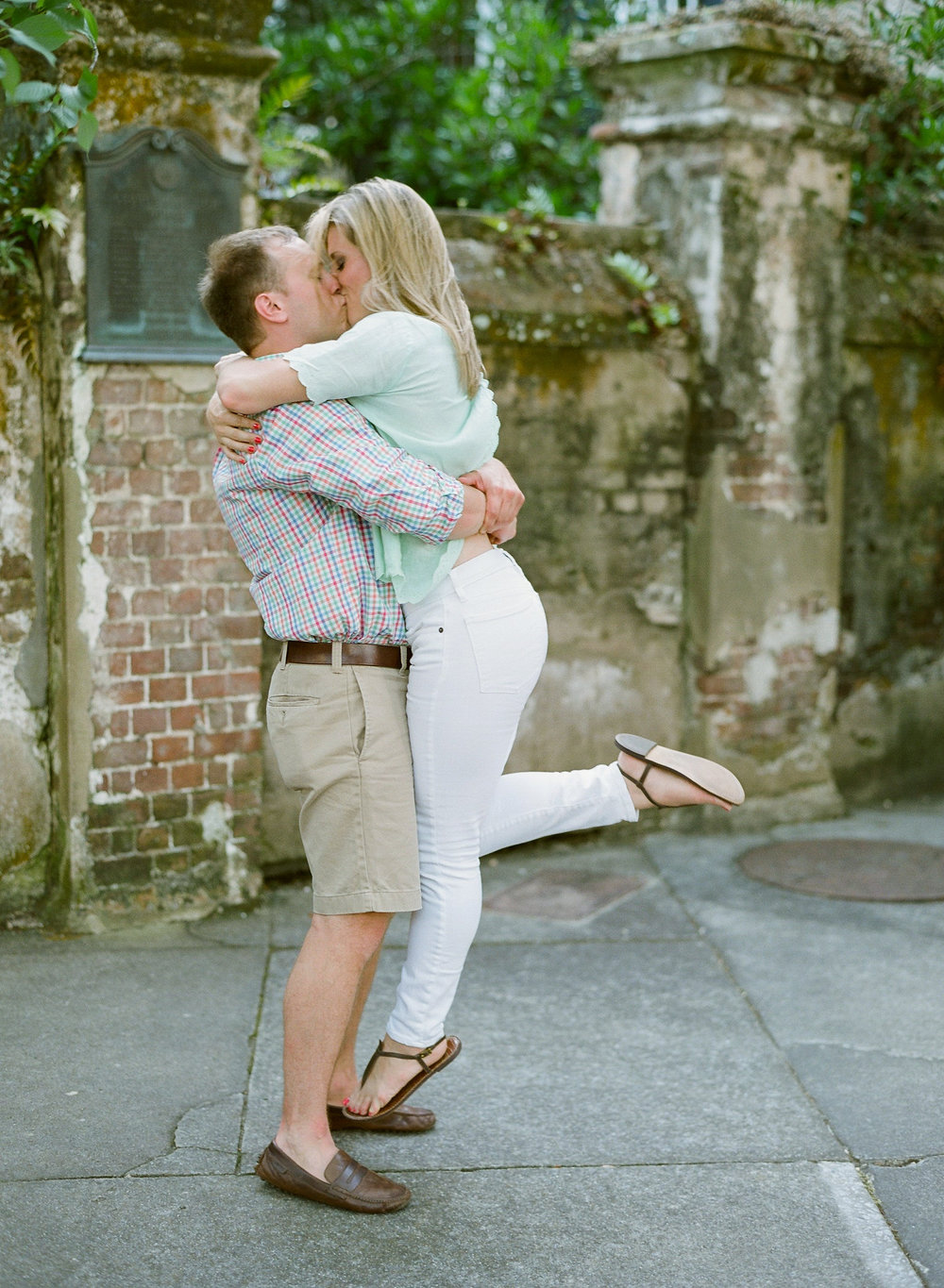 Charleston-Engagement-Photography-Lauren-Jonas-Josh-Lauren-10.jpg