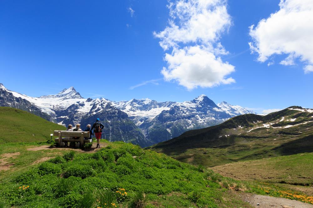 Sch-to-GrindelwaldSM-1573.jpg