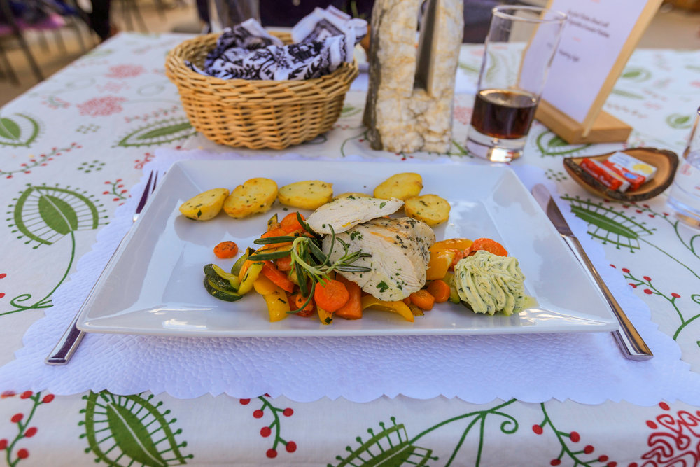 Grilled Rosemary Chicken &Steamed Vegetables