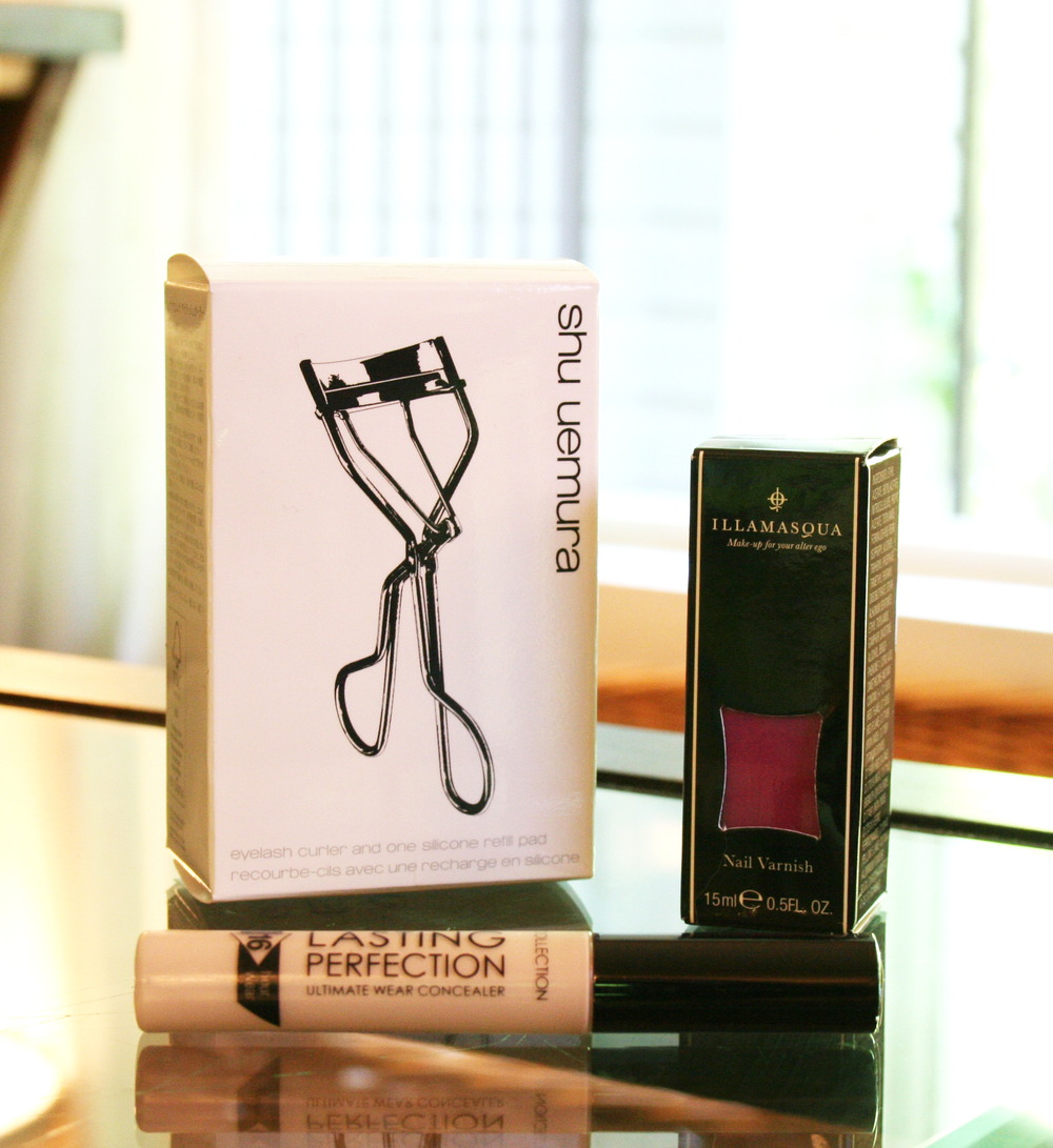 Shu Uemera Eyelash Curler, Illamasqua Nail Varnish in Grab and Collection 2000 Lasting Perfection Concealer in Fair