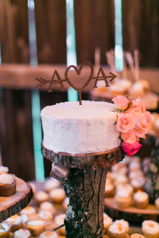 brielle-davis-events-wedding-cake-tree.jpg