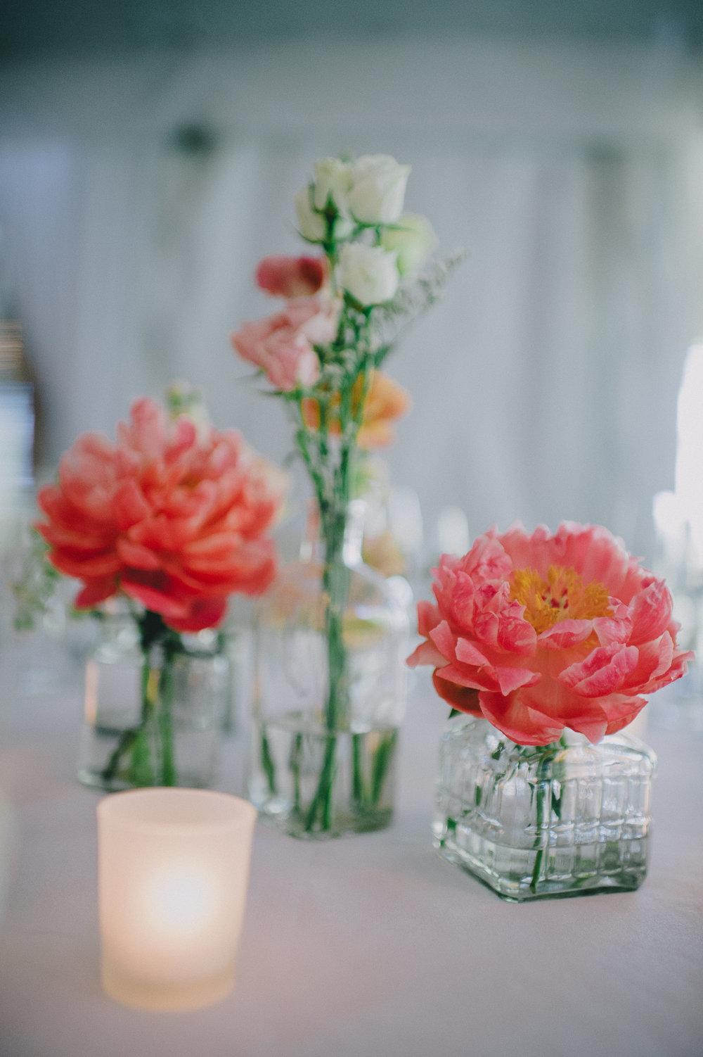 brielle-davis-events-woodend-sanctuary-wedding-centerpiece.jpg