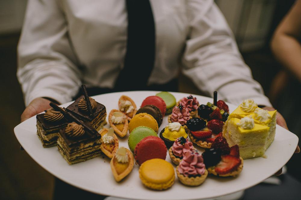 brielle-davis-events-woodend-sanctuary-wedding-dessert.jpg