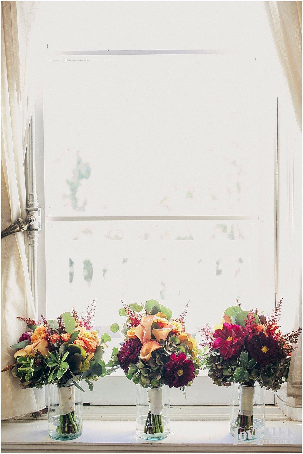 brielle-davis-events-oxon-hill-manor-wedding-bouquets.jpg