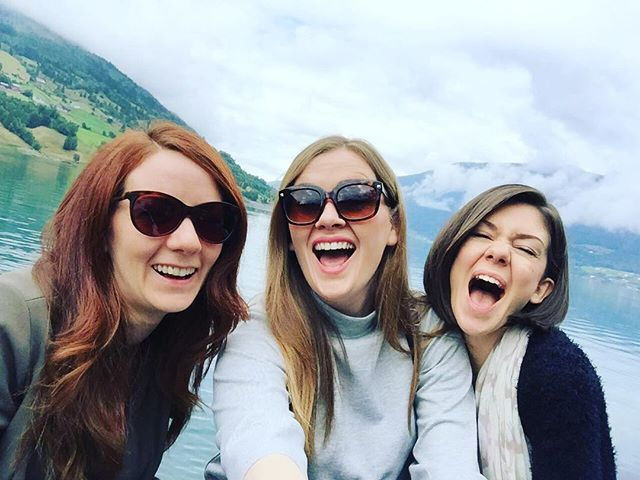 This time last year we had just returned from an amazing trip to Norway on board P & O Britannia!⚓️ Where on earth did that year go?! ⛴ • • • #theglamophones #vintage #retro #girlgroup #trio #singers #vocalharmony #norway #fjords #pando #britannia #travel #cruise #cruiselife #cruisesingers #throwback #wanderlust #takeusback #view
