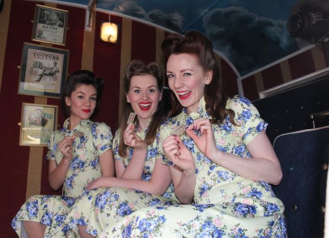 A little Throwback Thursday to Colwyn Bay 1940's weekend when we stepped into the @solcinema 🎬 Tickets please! 🎟 --- #theglamophones #vintage #retro #trio #vocalharmony #girlgroup #solarpowered #cinema #colwynbay #1940sweekend #tbt
