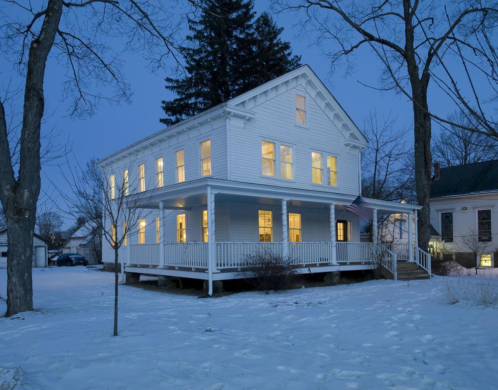 House (7 of 11).jpg
