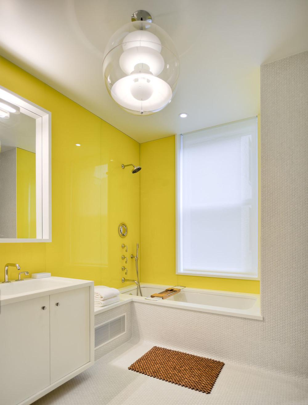 Bathroom (1 of 3).jpg