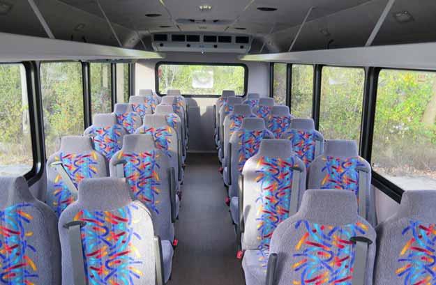 shuttle_bus3.jpg