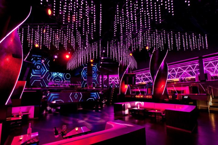 oliev_nightclub_chicago.jpg