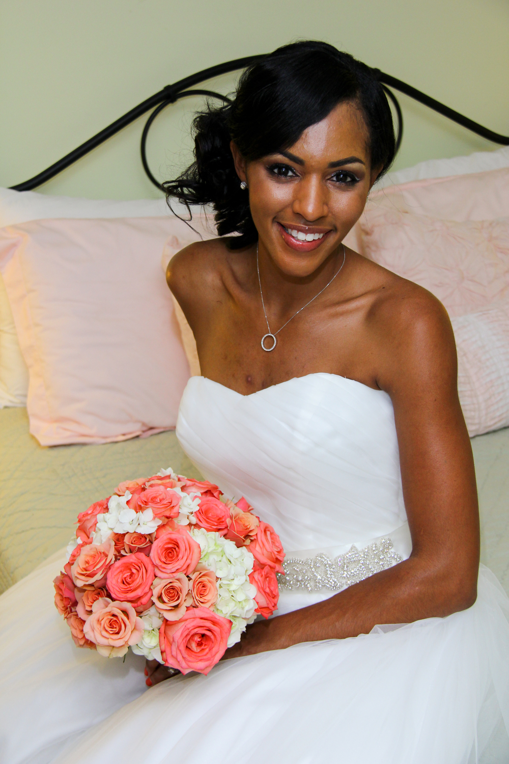 Tybee Island Georgia Wedding Bride with coral rose bouquet