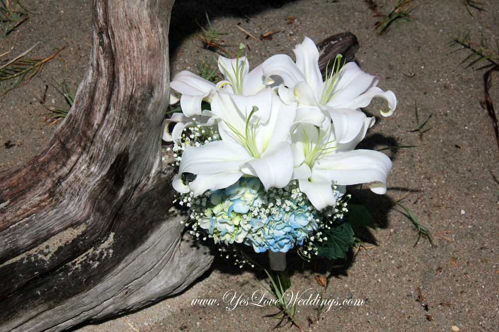 lily brides bouquet