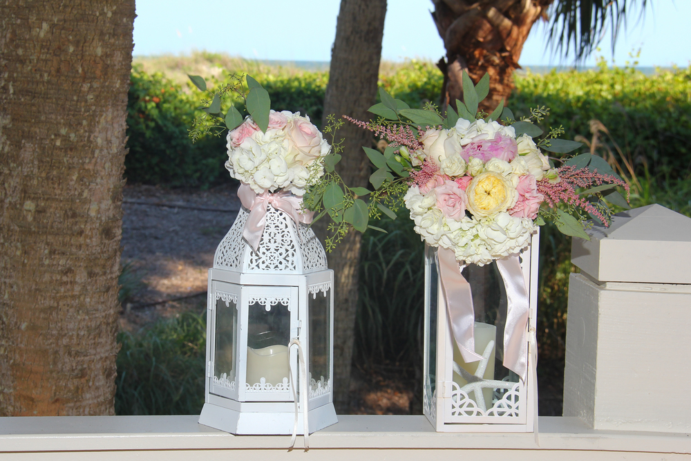 wedding lanterns with flowers