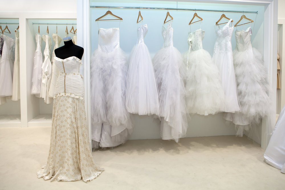 Choosing the right wedding dress style advice